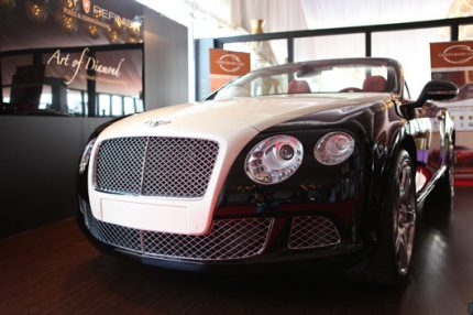 4-Luxury-Refinish's-Bentley-Continental-with-a-diamond-studded-bonnet